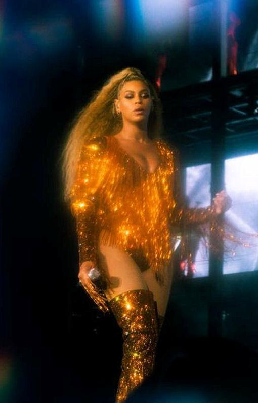 Beyoncé OTR 2 27 se…