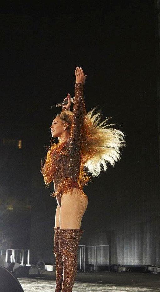 Beyoncé OTR 2 03 no…